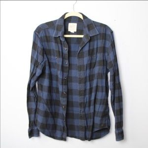 American Eagle Outfitters Blue and Black Flannel